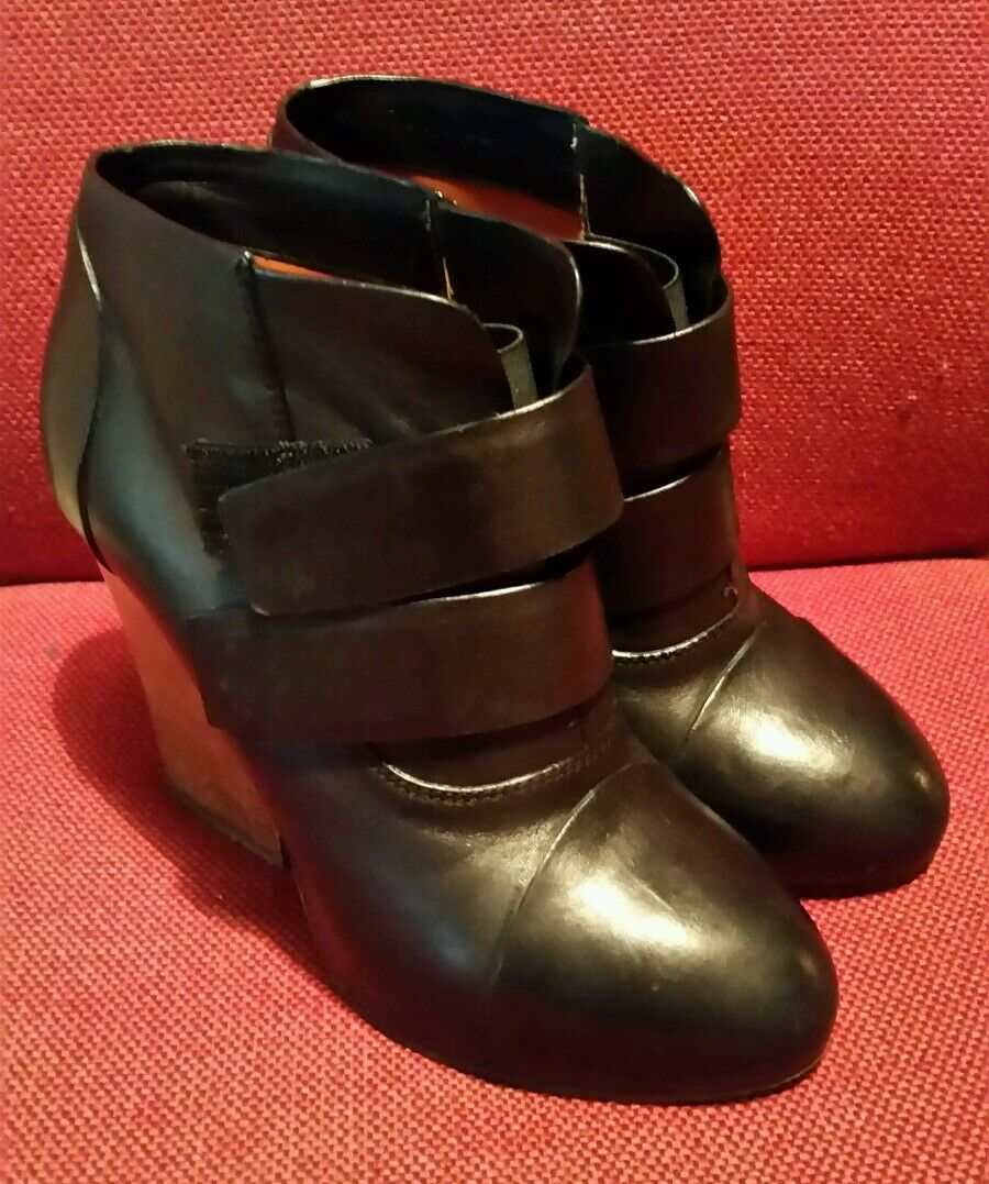 TRUSSARDI black leather women's Ankle heel boot shoes EU 38 GBP UK 5  334 GBP 38 9b7424