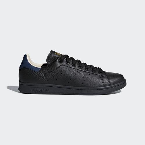 basket adidas by alexander wang ,tres bon état pointure 37 1/3