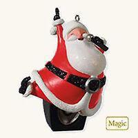 2010 Hallmark Ornament Santa Claus Is Coming To Town- Magic M Jackson Qxg3056