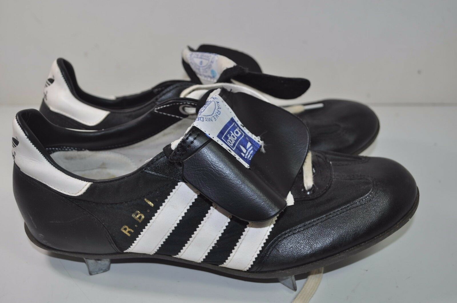 57a79e1e96b Adidas Vintage NOS Baseball Cleats shoes Size 6 1 2 - Taiwan R.B.I. ...