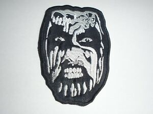 KING-DIAMOND-EMBROIDERED-PATCH