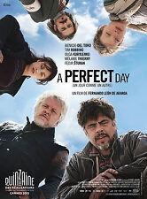 Affiche 120x160cm A PERFECT DAY (2016) Benicio Del Toro, Tim Robbins EC
