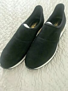 Russell-amp-Bromley-Black-Suede-Trainers-Size-6-39