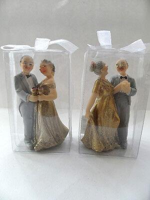 1 Brautpaar Goldenehochzeit älteres Brautpaar goldene