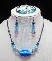 Murano Glass Matching Set Of Necklace, Bracelet and Post Earrings New from Italy