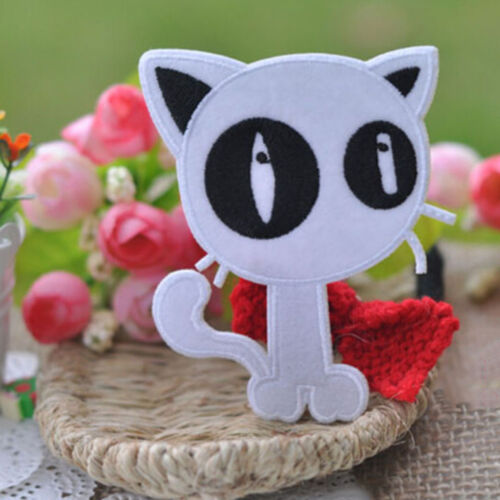 2x Embroidery Cloth Iron On Patch Sew Motif Applique Black White Cat 9.5x7.5cmST