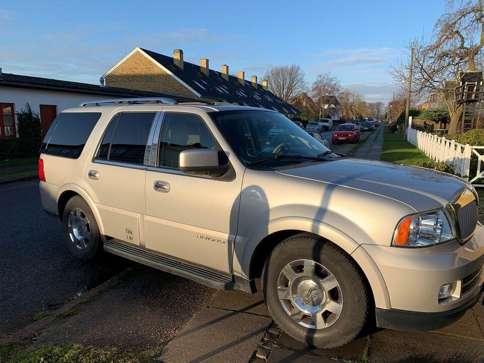 Lincoln Navigator, 5,4 V8 aut. 7prs, Benzin