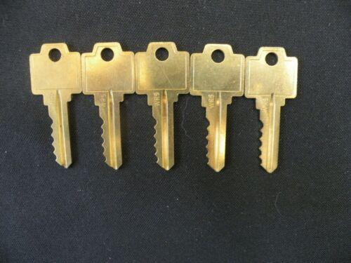 10 Cut alike keys USCAN n1054wb WR5 for Weiser locks Brass NOS vintage locksmith