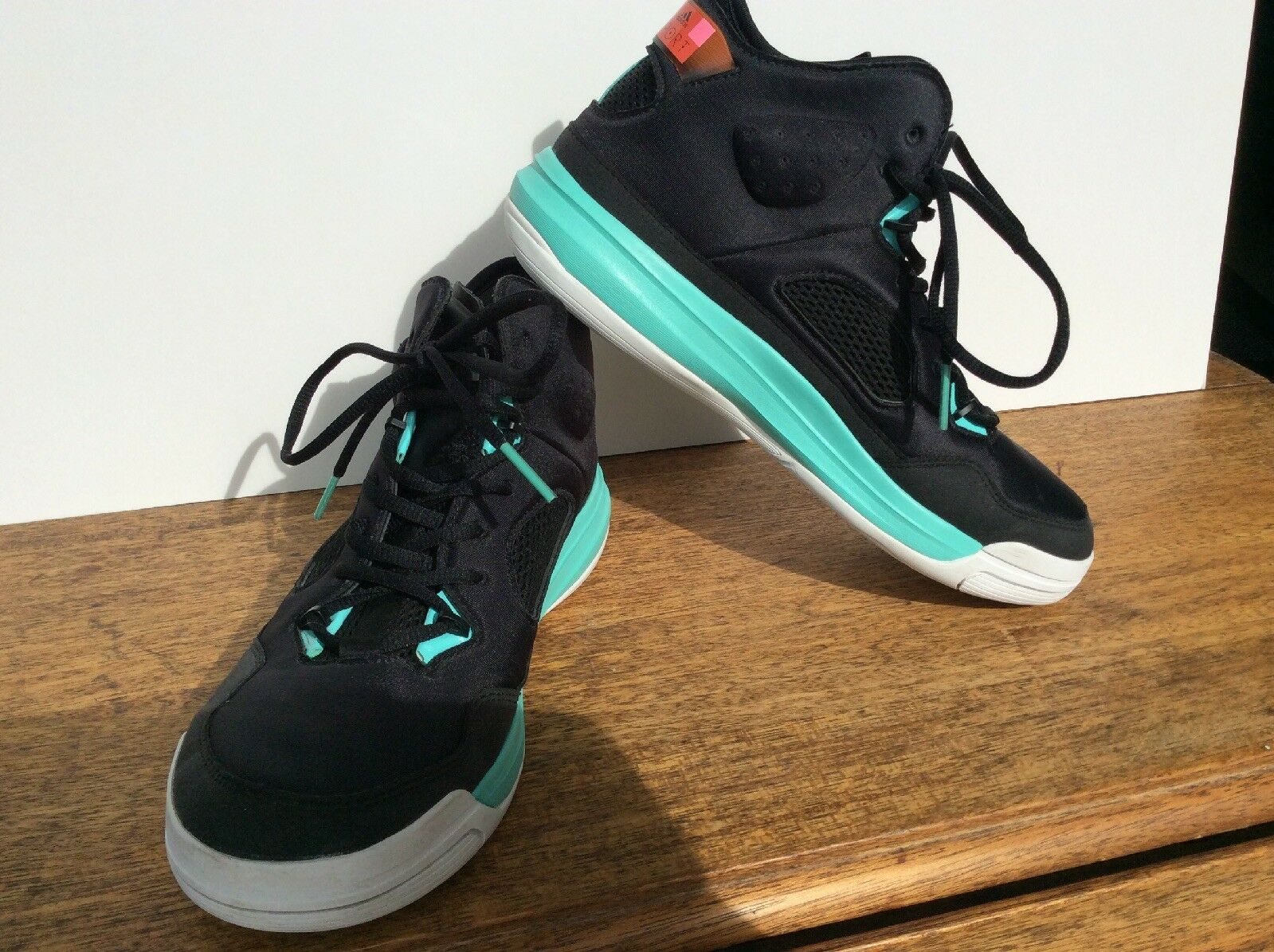 STELLA SPORT ADIDAS MCCARTNEY SIZE 10 BLACK AQUA blueE ATHLETIC