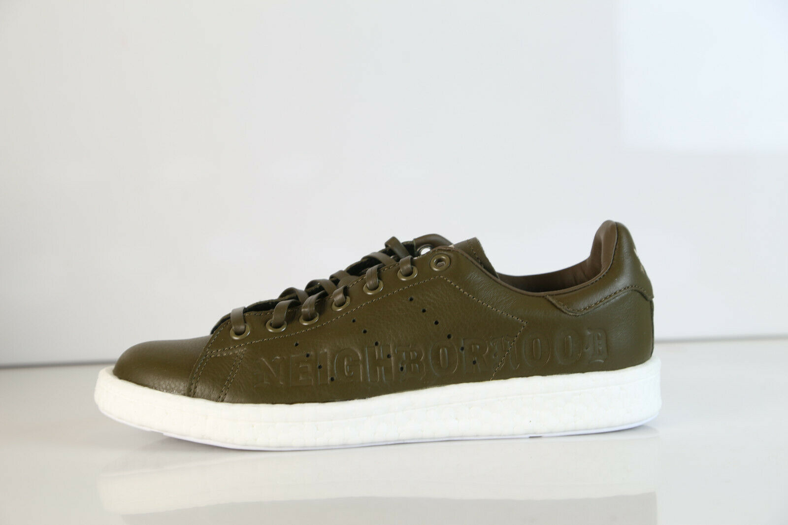 new styles 587a1 a726c Adidas Stan Smith Boost Boost Boost NBHD Neighborhood Olive Grün B37342 8  d7add1