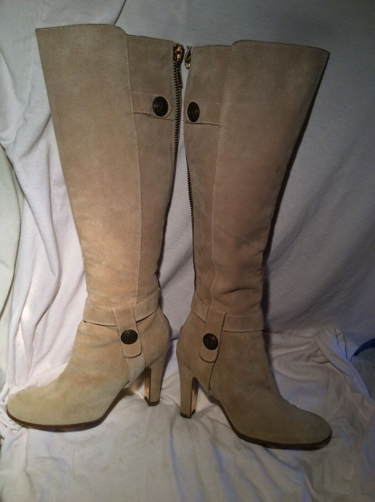 JUICY COUTURE Suede Boots (size 5)