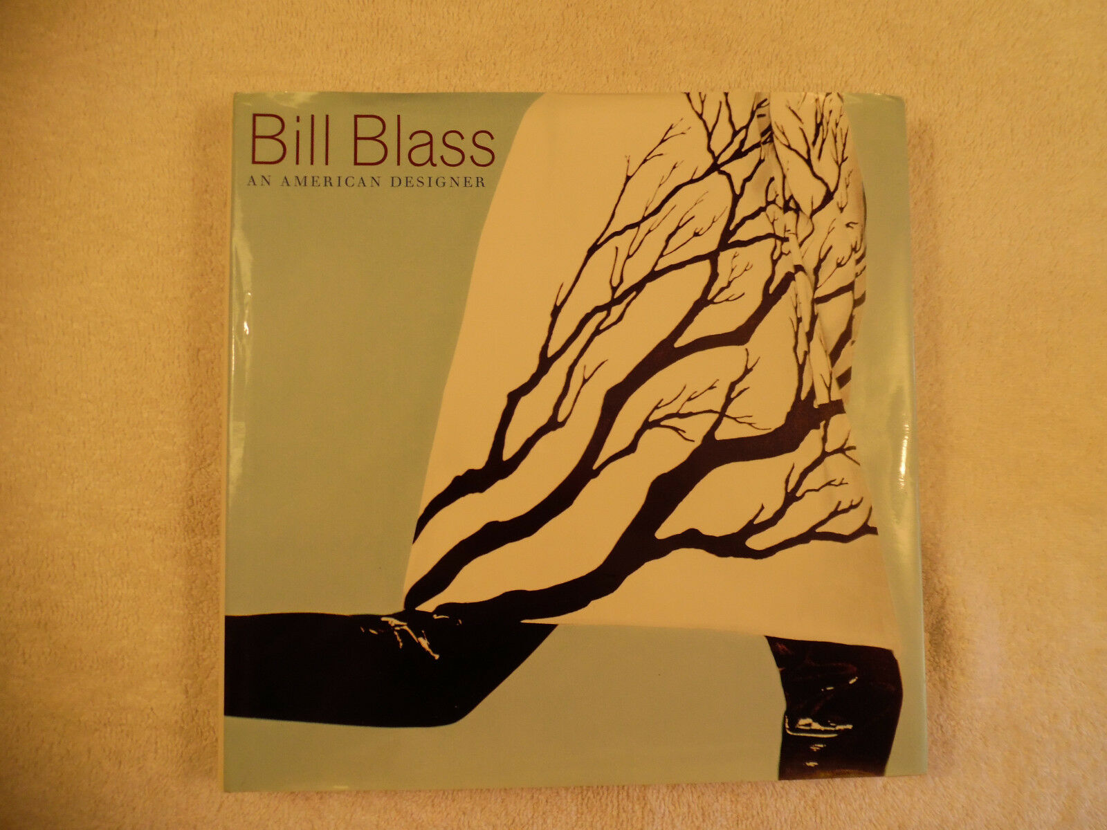 Bill Blass An American Designer Illustrated 2002 O'Hagan LN 160-15B