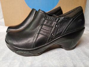 Oakland Clogs Womens Size 7 Black Slip