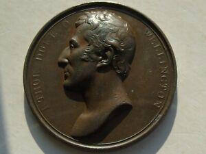 1819 Wellington nommé gouverneur de Plymouth médaille T Webb 55 mm 70.9 G, SUPERBE