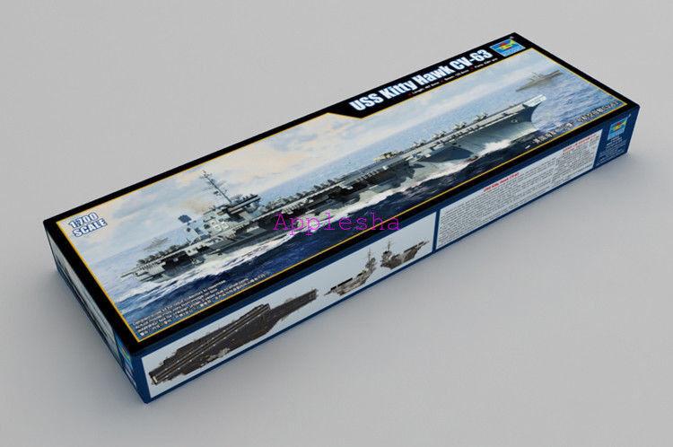 Trumpeter 06714  700 USS Kitty Hawk CV-63