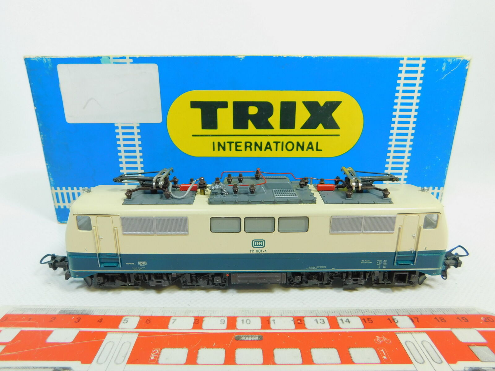 BO184-1Trix International H0 DC 52 2453 00 E-Lokomotive 111 001-4 DB, OVP
