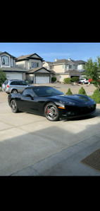 2007 corvette  BRAND NEW CONDITION  VERY LOW KM