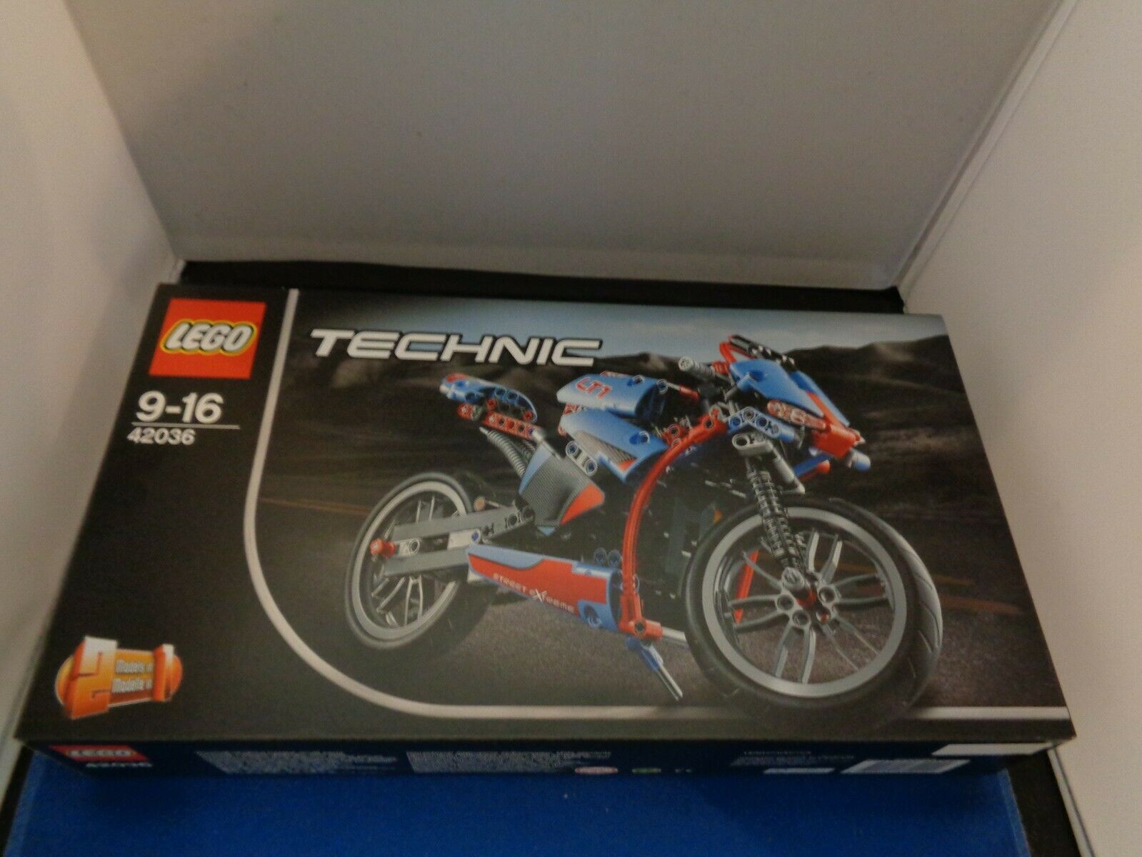 LEGO Technic 42036 Street Motorcycle RETIrot - new in sealed box