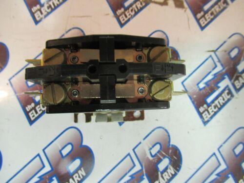 2P 25 Amp FURNAS 45DA20AG C84 600 Volt 208-240 Volt Coil Contactor NEW-B