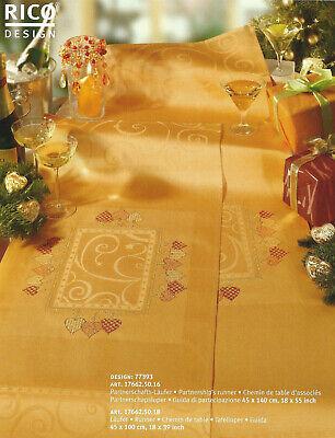 Buch 114 Mitteldecke //Läufer  Weihnachten zum Selbersticken mit Aidafeld inkl