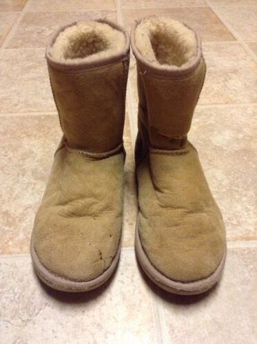 USED UGG Australia Clobber Tan Short Boots Size Wo
