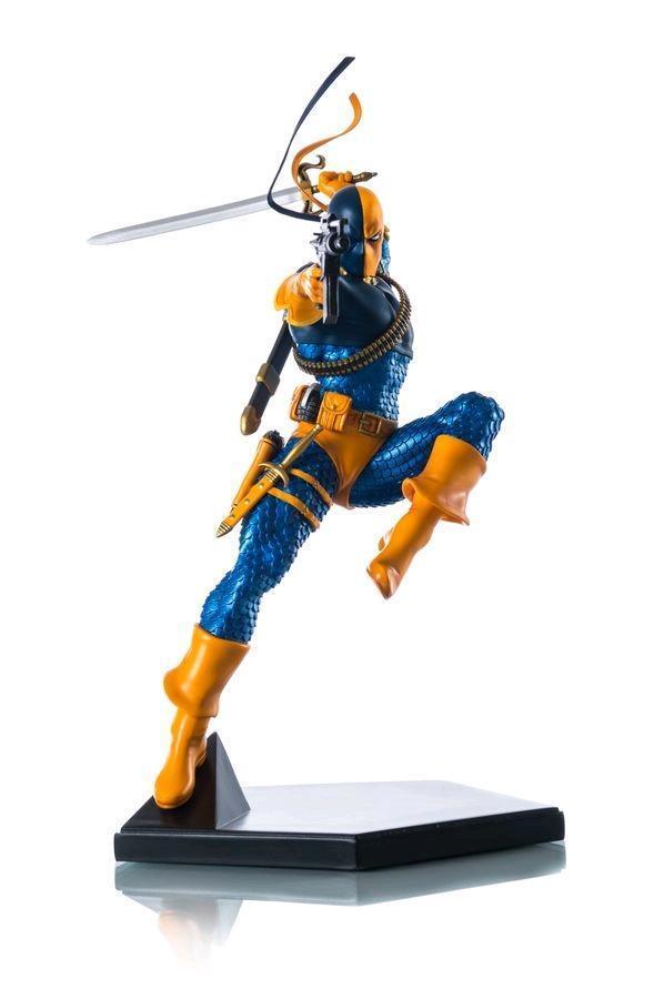 DC Iron Studios Batman Deathstroke 1 10 Scale Statue