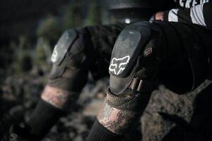 Fox Racing Launch Pro D30 Knee Guards Pads Protection Armour MX BMX MTB Race