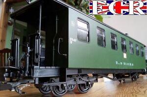 BRAND-NEW-G-SCALE-45mm-GAUGE-RAILWAY-PASSENGER-GREEN-CARRIAGE-COACH-GARDEN-TRAIN