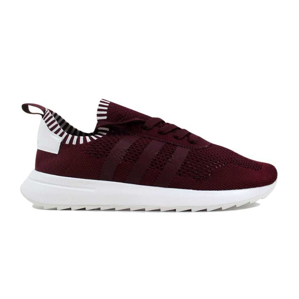 Adidas: w primeknit maroon / maroon weiße by2795 frauen sz - 9.