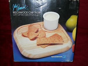 Vintage Goodwood Beechwood Chip and Dip Tray with Ceramic Cup