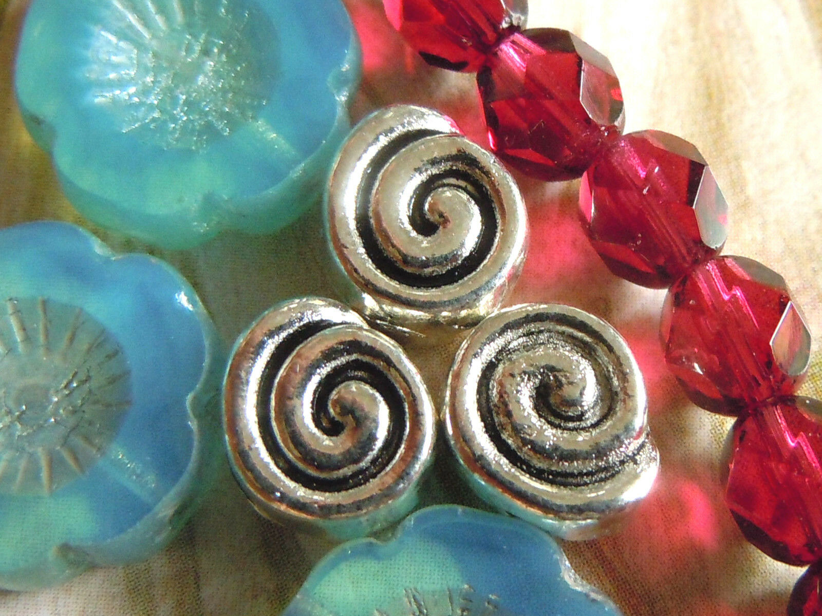 10 SPACER Schnecken Farbe silber  13x6mm Metallperlen Perlen #S060