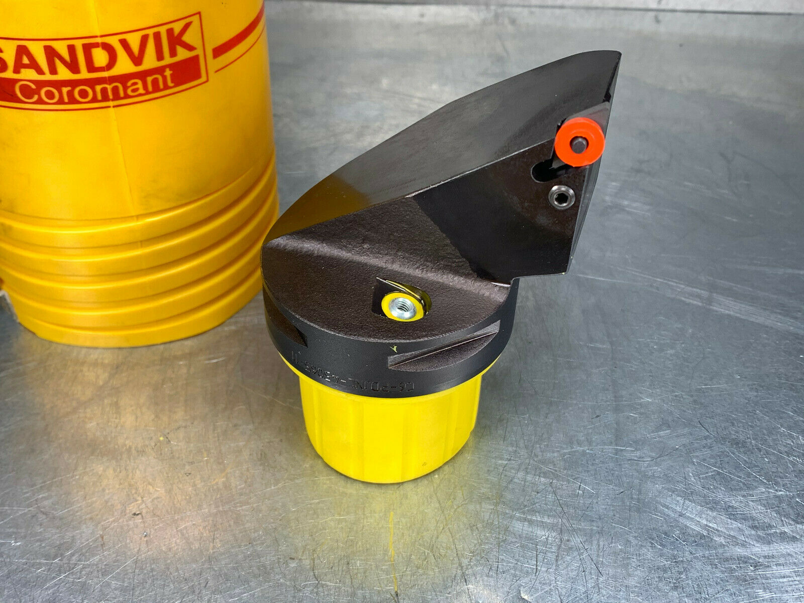 35 mm Functional Width 65 mm Functional Length 44 mm Shank Diameter Cx-DCRNR//L Tool Right Hand Sandvik Coromant C6-DCRNR-35065-12 T-Max P Cutting Unit for Turning CNMG 12 04 08 Master Insert