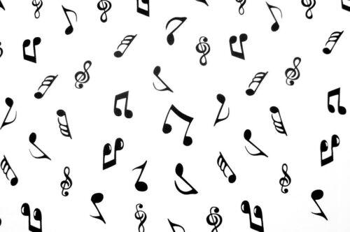 "Fabric Musical Notes Black on Ivory bg Wide 100/% Cotton Poplin 112cm 44/"""