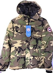 Image is loading NWT-Canada-Goose-Vetements-Green-Camouflage -Oversized-Parka- 108bdb7f44