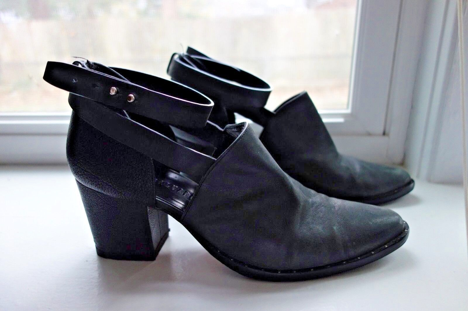 Frota Salvador Say Mid Heel Cutout Cutout Cutout Ankle Stiefel 9.5M 0761bf