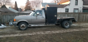 91 Ford F350 with 7 3 diesel