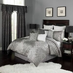 Elegant-Jacquard-Silver-Grey-Damask-Comforter-4-pcs-King-Queen-Bedding-Set