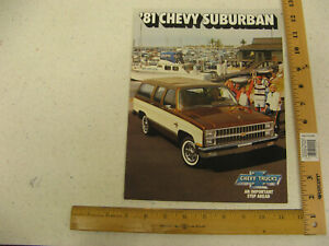 1978 Chevrolet Suburban 12-page Original Dealer Sales Brochure Catalog Chevy