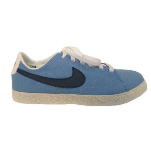 Juniors NIKE BLAZER LOW Light Blue Trainers 574318 400