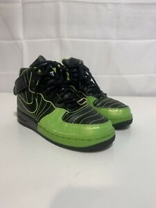 Kids Size 5 Nike JORDANS Green / Black The Best Of Both Worlds