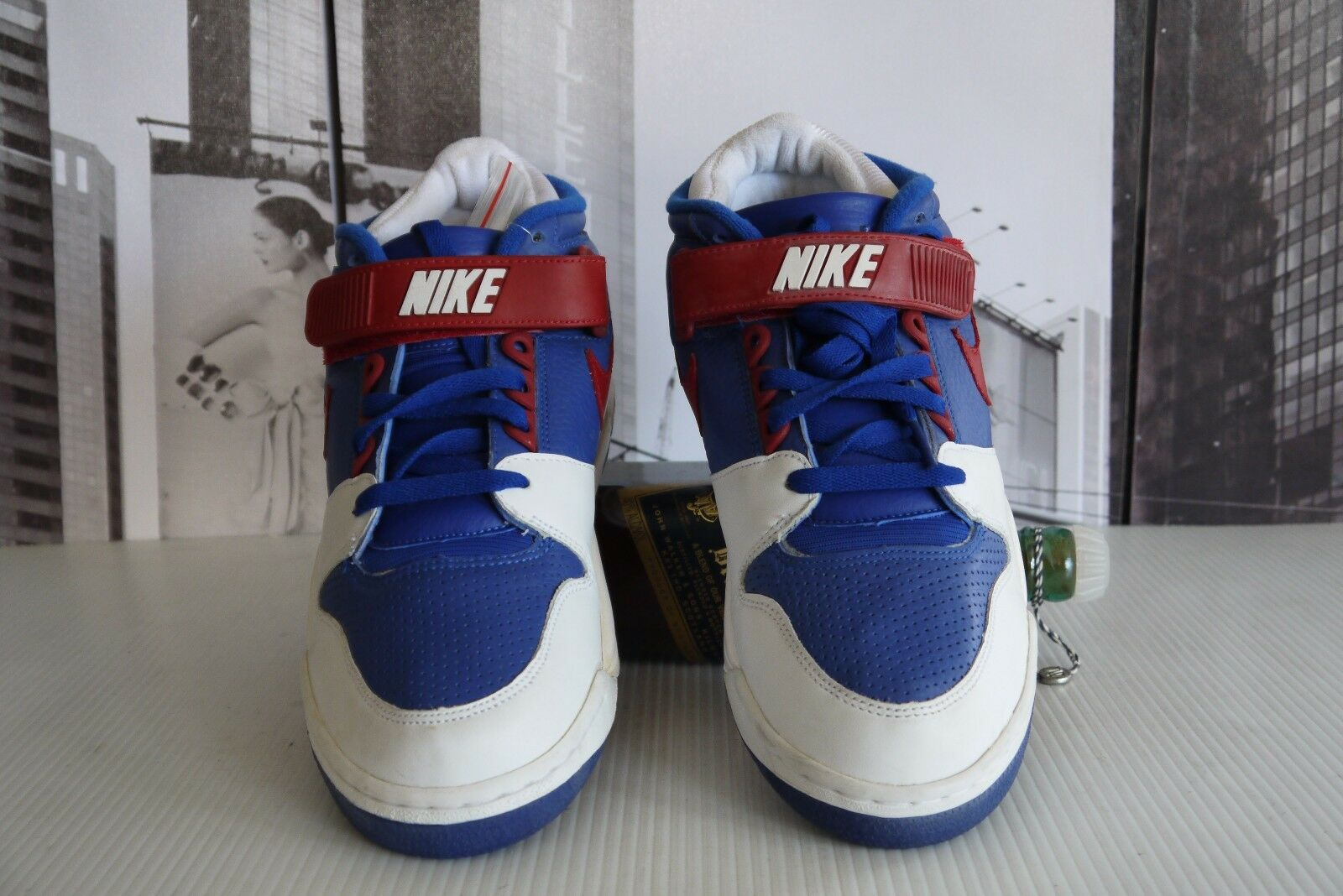 new arrival 33ca0 46b0a ... 2004 2004 2004 NIKE AIR REVOLUTION MID uomo US 9.5 EU 43 Must Have  Leather ...