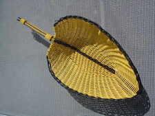 Corbeille scoubidou jaune noir d'époque Vintage