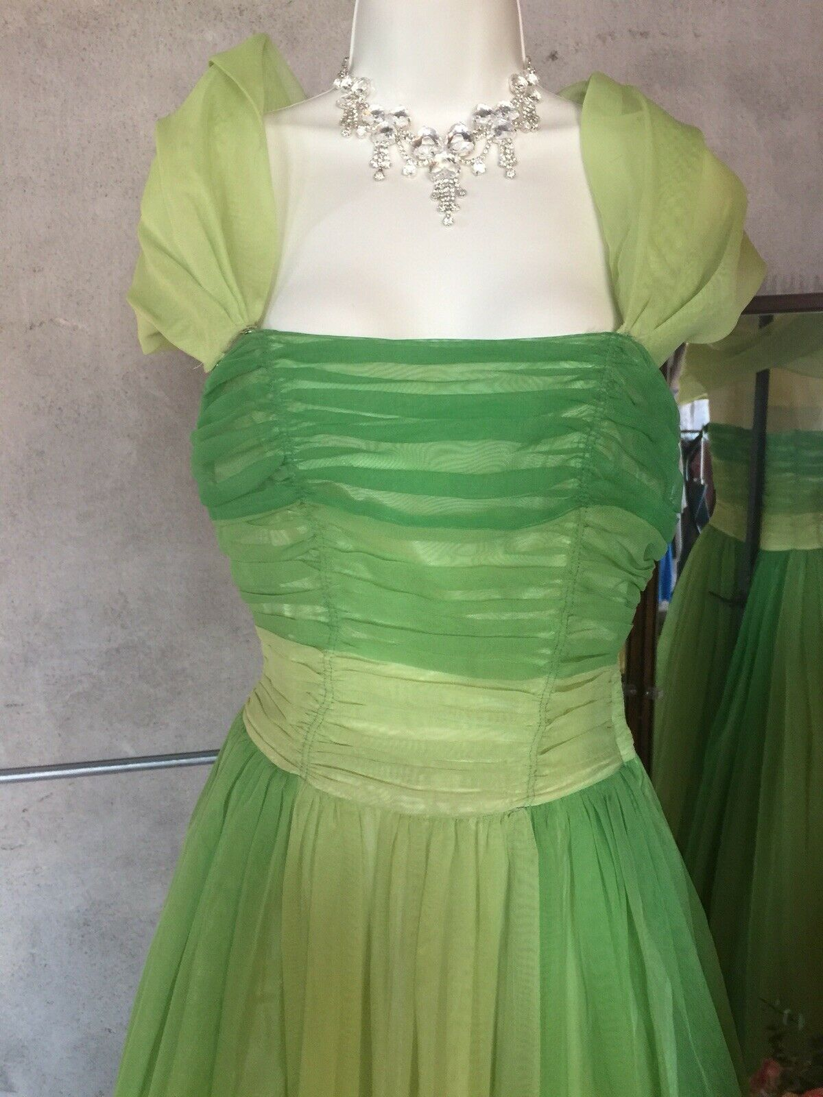 Vintage 1950's Prom Dress - image 5