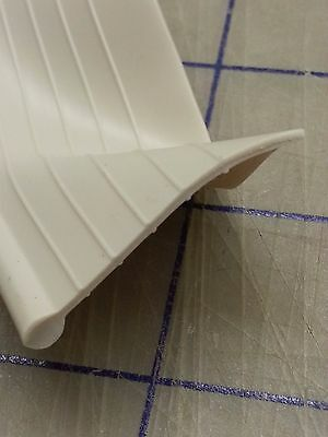 Fender Welt OFF White RUBBER Fender to body Welting Solid bead  Sold by the Foot