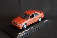 Minichamps Mercedes-Benz C-Klasse 1997 1:43 Designo-orange (JS)