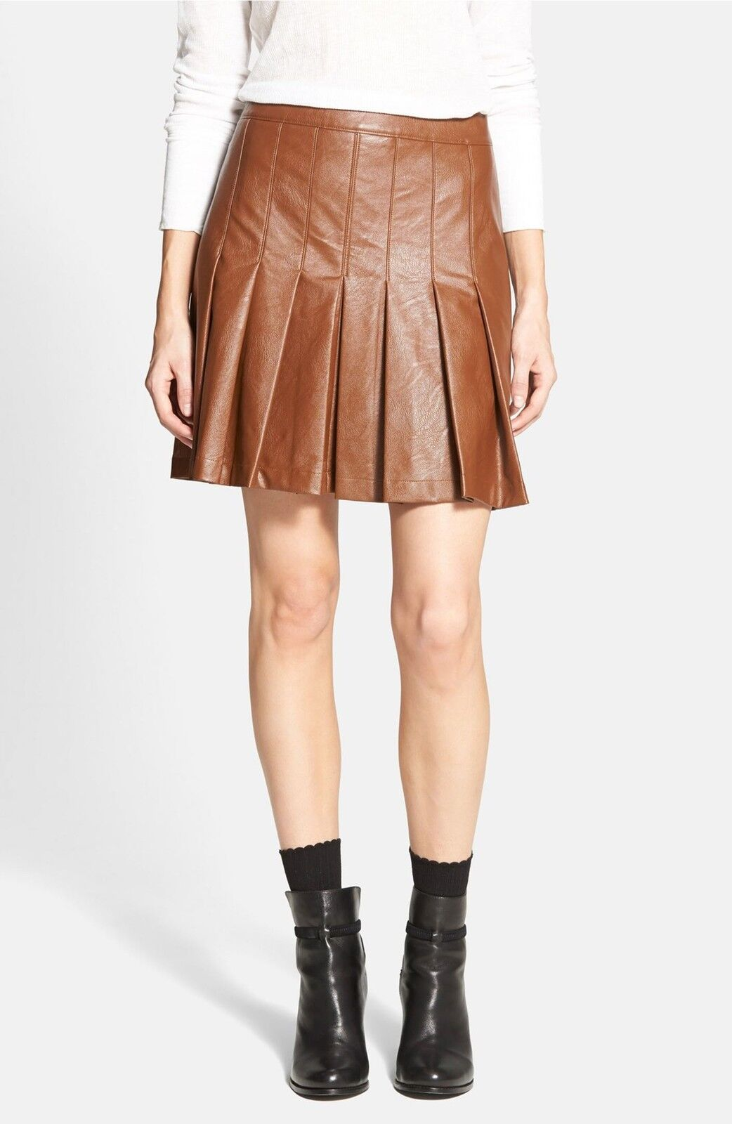 NWT   Ace Delivery Pleated Faux Leather Skirt   SZ M   A065