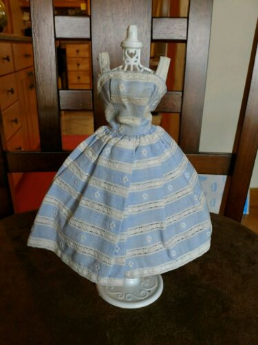 GREAT DRESS FORM DISPLAY MANNEQUIN    BACK IN STOCK! VINTAGE BARBIE CLOTHES NEW