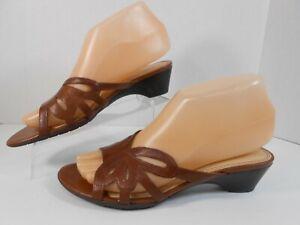 4d90cbcbc40 Naturalizer Womens Sandals Sz 6 M Leather Strappy Low Slim Block ...