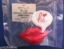 """BUY1&GET1@50%~Hallmark PIN Valentines MIP LIPS RED w """"HI"""" Caption Vtg Brooch"""