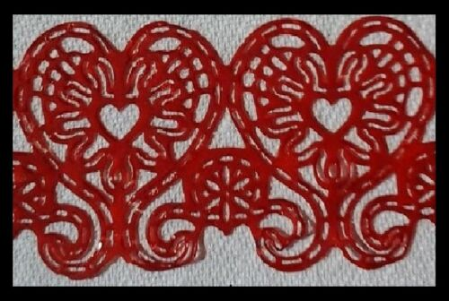 2 x HEART SHAPED SUGAR LACES FOR CAKES,CUPCAKES DECORATIONS